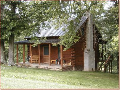 Hocking hills bit of country three oaks cabin for Little pine cabin hocking hills